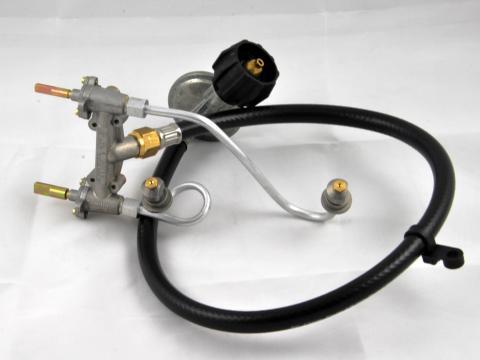 Levně Sada hadice, regulátoru a ventilu pro plynové grily řady Weber Q 3000